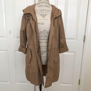 Khaki anorak/trench coat